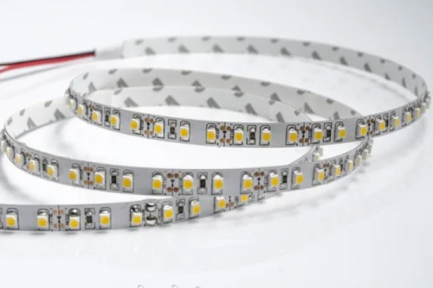 Фото1 AVT-600СW3528-12 - Светодиодная лента SMD 3528, 120 светодиодов, 12 В, холодный белый