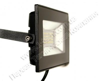 Фото3 FS-SMD AVT2-IC-.0W - LED прожектор матричный прямоугольный, 6200K