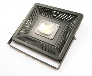 Фото3 SMD-AIR.0 Светодиодный матричный прожектор, SMD AIR 50W - 100W (матрица с IC драйвером)